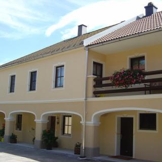 Gonaus - Fassade